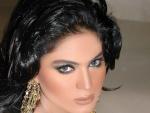 Naked Veena Malik On Camera