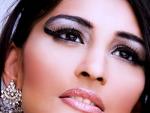 Follow Pakistani makeup tips for evening looks