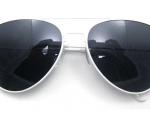 Aviator sunglasses: Popular Accessory