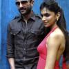 Saif Ali Khan & Deepika Padukone To Play KBC 5 With Big B