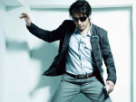 "Ali Zafar ""also"" Posed for Magazine in India"