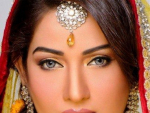 Beauty Salon and Photography Studio of Akif Ilyas Arranges Bridal Shoot