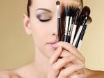 Top 10 Makeup Tips Use in Summer Season