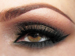 Trends Of Smokey Eyes In Summer Season
