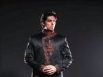 Fashion of Black Sherwani Pakistani Grooms 2014