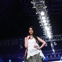 Alkaram 'Savoir Vivre' Collection at PFDC Sunsilk Fashion Week 2015
