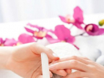 Women Try These 7 Homemade Manicure Treatment Ideas