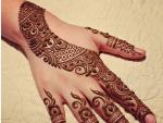 Create Flower Henna Design In Just 20 Minutes