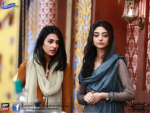 Sarah Khan and Noor Khan Sisters Pictures