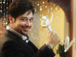 Faisal Qureshi dedicated his Award to Kashmir Victims
