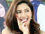 Mahira Khan At Sanam Jung Morning Show