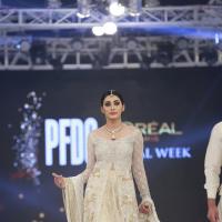 Sania Maskatiya August Dream Collection at PFDC L'Oréal Paris Bridal Week 2016