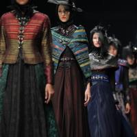 Fashion Week Jakarta 2016 Colorful