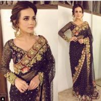 Sumbal Iqbal Looks Glamorous in Black Saree