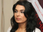 Meera Appeal to CM Punjab for Financial Help