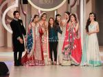 Top Female Fashion Designers in Pakistan