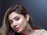 Mahira Khan for Alkaram Eid Collection 2017