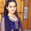 Aiman Khan shooting for drama Hari Hari Churriyan