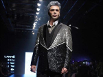 Karan Johar Walks on Ramp in Fashion Show