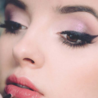 5 Makeup Habits Make You Sick