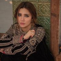 Mahira Khan Denial Her Engagement