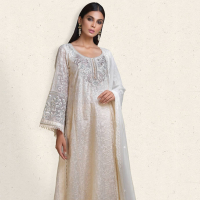 Latest Luxury Pret Collection 2019 by Tena Durrani