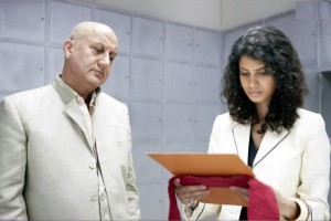 Anupam Kher and Tena Desae From Yeh Faasley