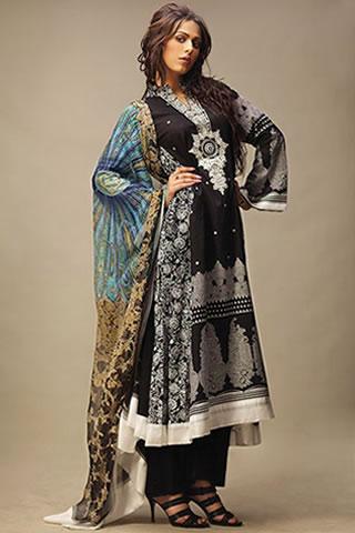 Desi Model Ayyan in Lakhani Clothes