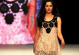 Beautiful Model Walking in Islamabad Fashion Week