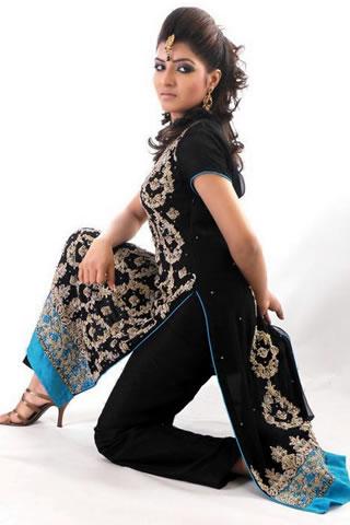 Beautiful Model in Black Ferozzy dress by Rani Emman
