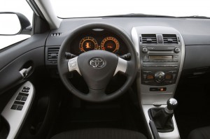 Corolla 2.0D Steering and Speedo Meeter