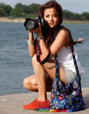 Hot Kulraj Radhwana from Yamla Pagla Deewana