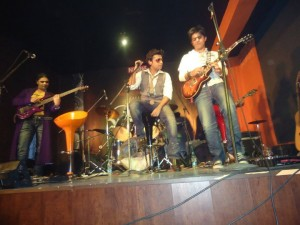 Jal Band in Cock Studeo