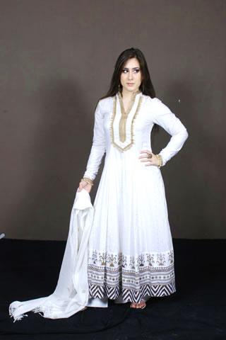 Gorgeous Pakistani Model in Fresh White Dress