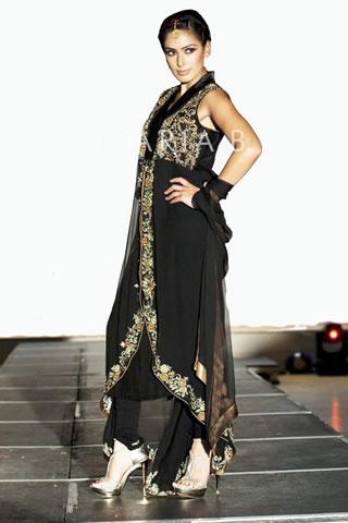 Super Model in Black Dress