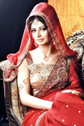 Cute Pakistani Model in Red biege sari by Rani Emman