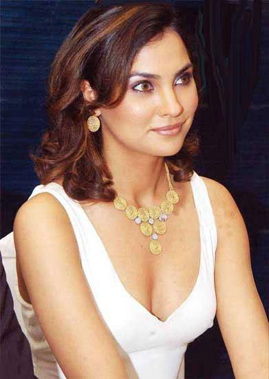Sizzling Hot Lara Dutta