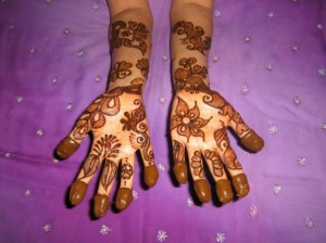 Arabic Henna Design for Inside Hand
