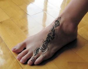 New Bridal Foot Mehndi Design 2011