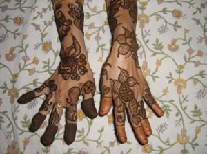 Bridal Mehndi Design for Outside Hands