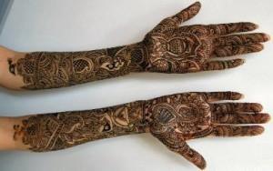Beautiful Bridal Hand Mehndi Design