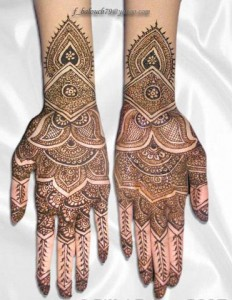 Pakistani Bridal Mehndi Design 2011