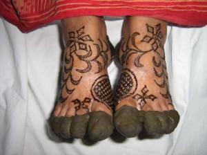 Full Foot & Leg Mehndi Design
