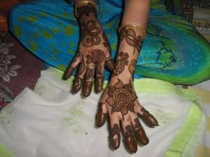 Pakistani Bridal Henna Design For Eid 2011