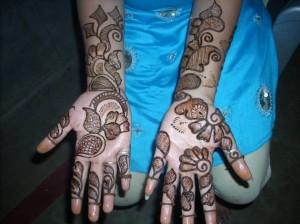 Pakistani Henna Design For Eid