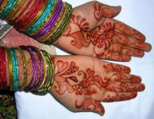 Lates Mehndi Design for Hand