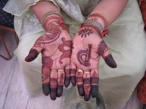 New Mehndi Design for Hands