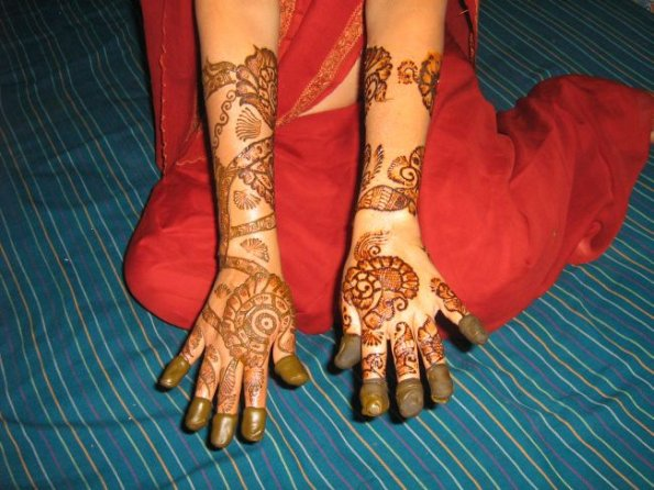 Indian Bridal Mehandi Designs article is taken from http://www ...