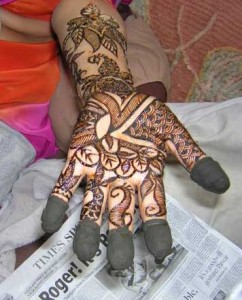 New Mehndi Design for Hands