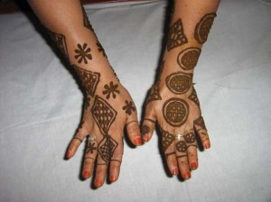 Wedding Mehndi Design For Hands